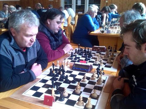 Jiří Marek (vlevo) duel s Milošem Ševčíkem prohrál