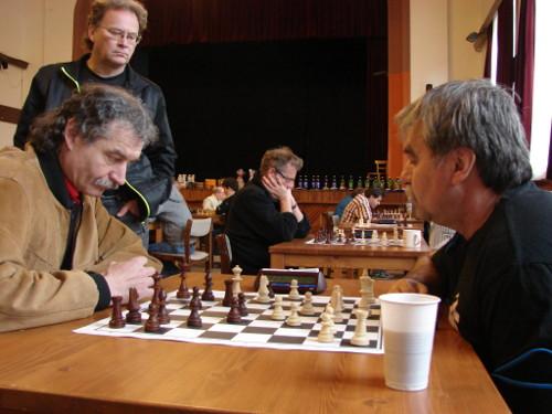 Jiří Sekanina (vlevo) se pevnou hrou probojoval ke stříbrné příčce (autor: Miroslav Osouch)
