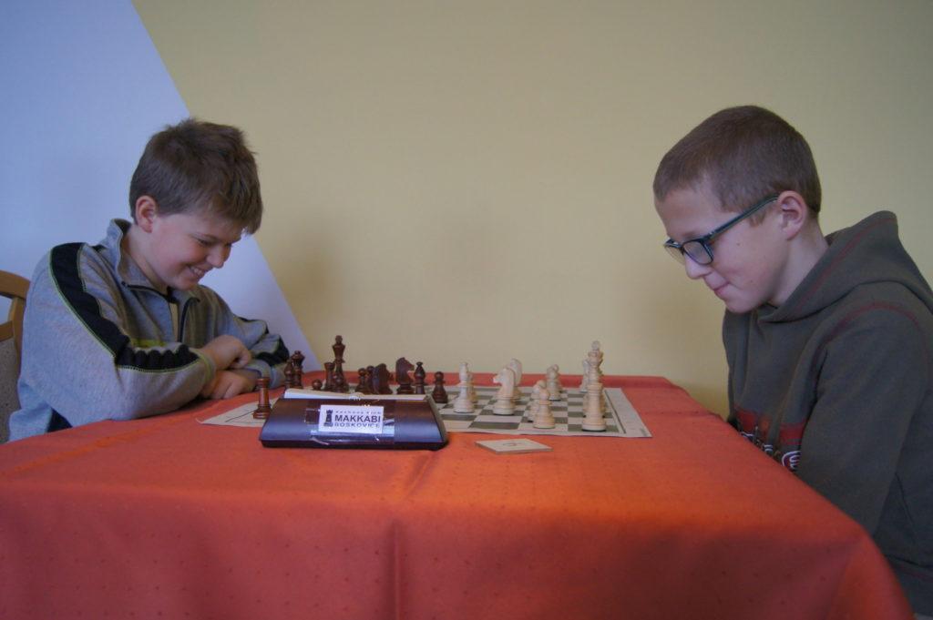 Nejmladší hráči a zástupci šachového kroužku při SVČ Boskovice